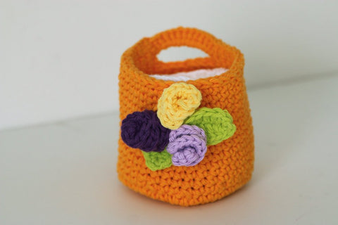 Crochet Bright Orange Basket with Face Scrubbies Makeup Remover Pads