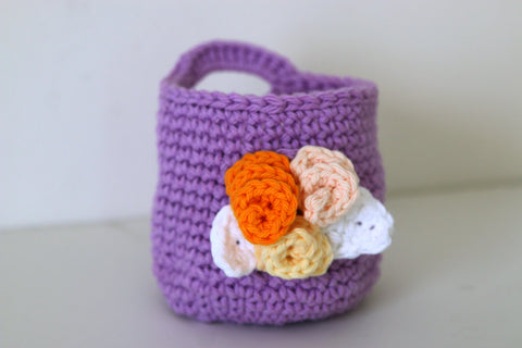 Crochet Lavender Basket with Makeup Remover Pads