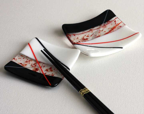 Square Red White and Black Sushi Dishes