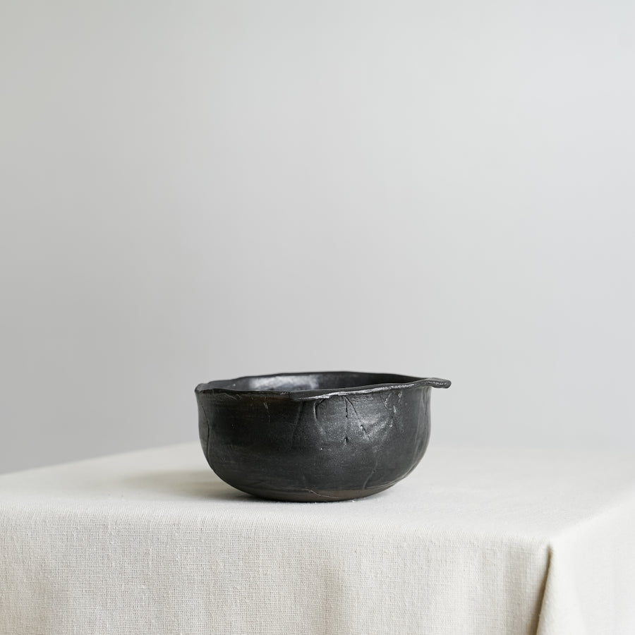 N01002 Small Black Ikebana Stoneware Bowl