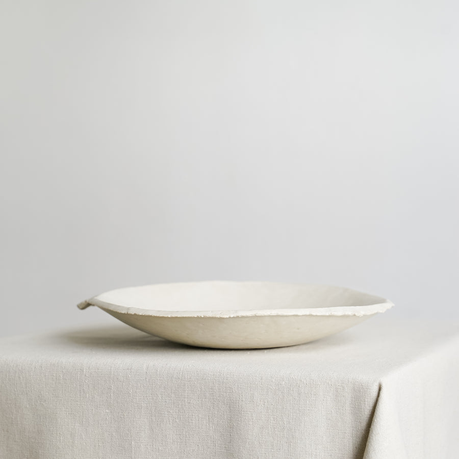 N02001 Medium White Ikebana Stoneware Bowl
