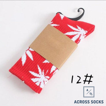 Maple Leaf Premium Cotton Socks Red/white / One Size Socks