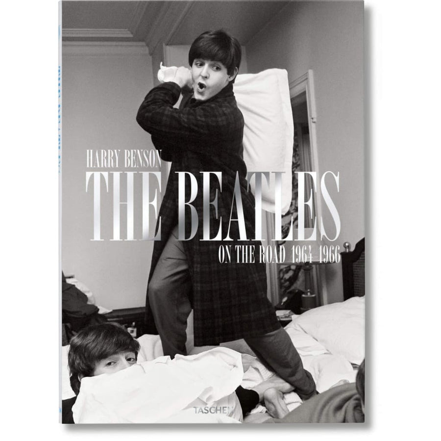 The Beatles: On The Road 1964-1966 BEATLES