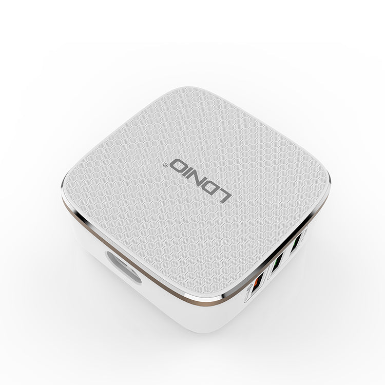LDNIO A6704 White With Gold Rim Support Qc2.0 Fast Charging Us/Uk/Eu Plug