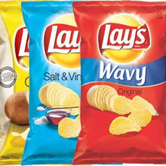 LAY'S CHEESY GARLIC BREAD FLAVORED CHIPS