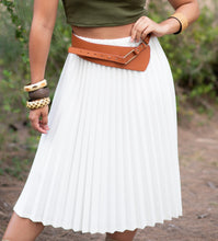 Load image into Gallery viewer, White Pleated Long Skirt