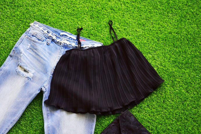 Spaghetti Black Crop Top