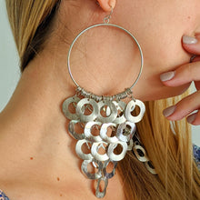Load image into Gallery viewer, Circles Drop Earrings