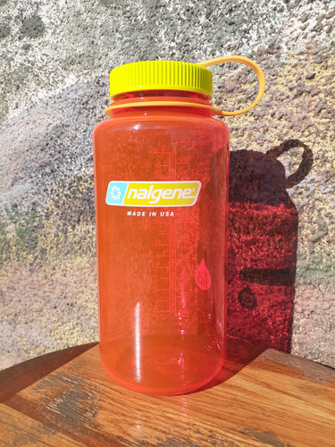 32 oz Nalgene Pomegranate