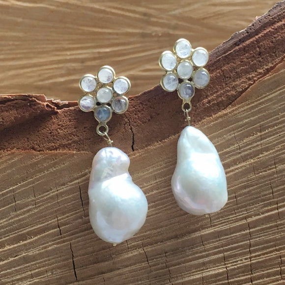 Moonstone and pearl drop