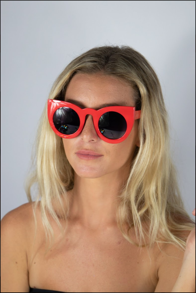 Camilla Glasses Red