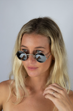 Load image into Gallery viewer, Hadley Glasses Silver
