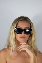 Load image into Gallery viewer, Madeline Glasses Black