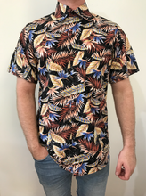 Load image into Gallery viewer, Leaf Button Up Shirt