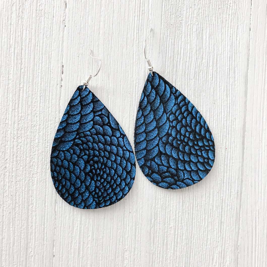 Black & Bloom Leather Earrings