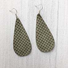 Load image into Gallery viewer, Meadow Leather Earrings