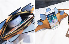 Load image into Gallery viewer, Creative Chameleon Animal Dinosaur Messenger HandBag