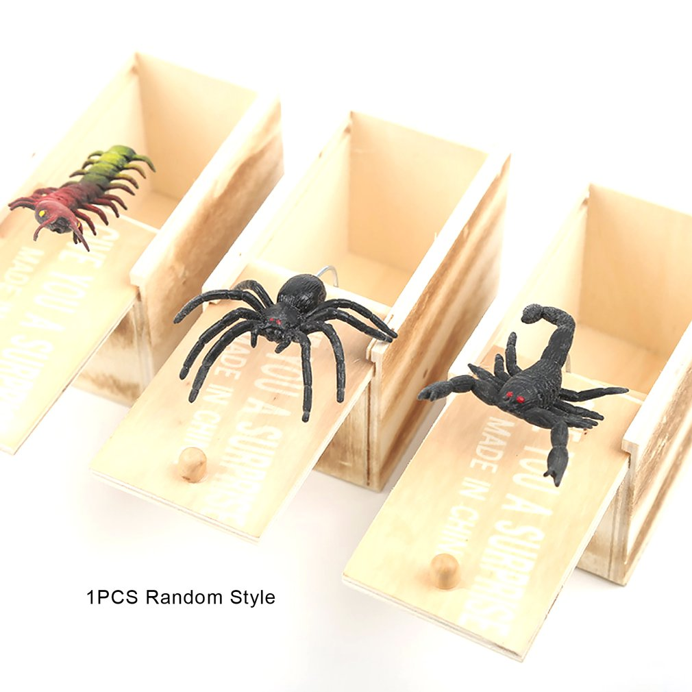 Wooden Prank Scare Box 📦 with Spider/Scorpion/Centipede