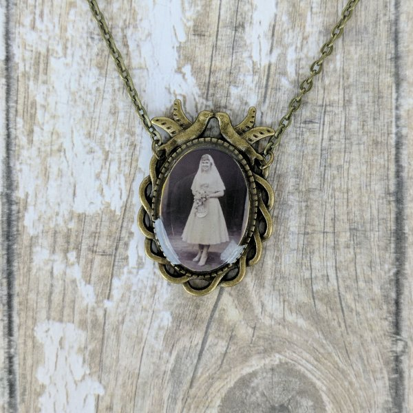 Custom Picture Dove Frame Necklace