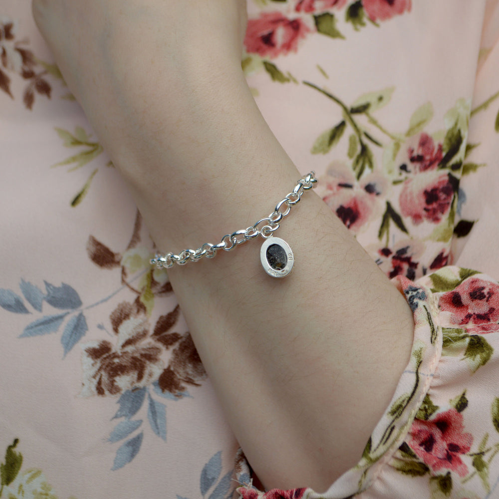 Princess Small Stone Ashes Chain Bracelet