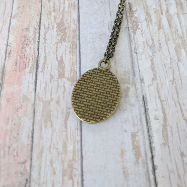 Small Oval Personalised Picture Vintage Gold Necklace