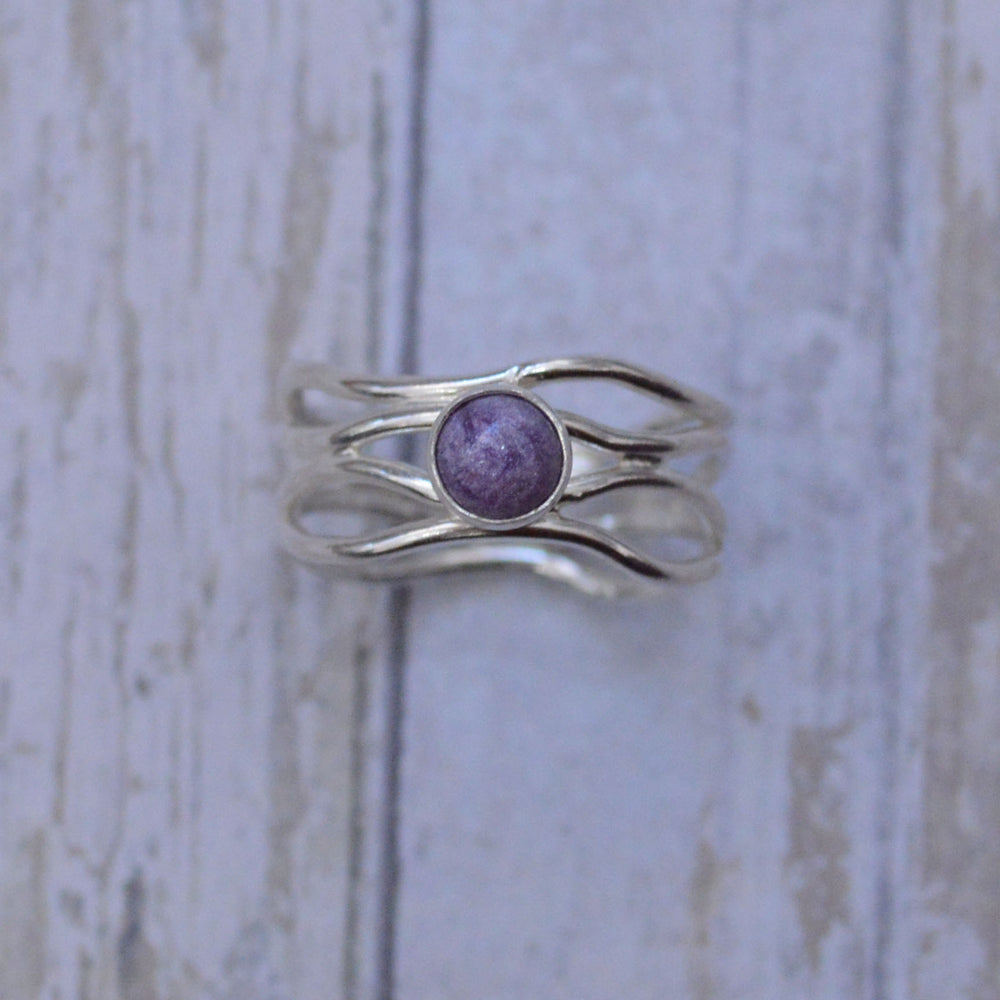 Wave Band Phoenix Medium Stone Ring