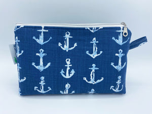 Classic Cosmetic - Navy Anchors
