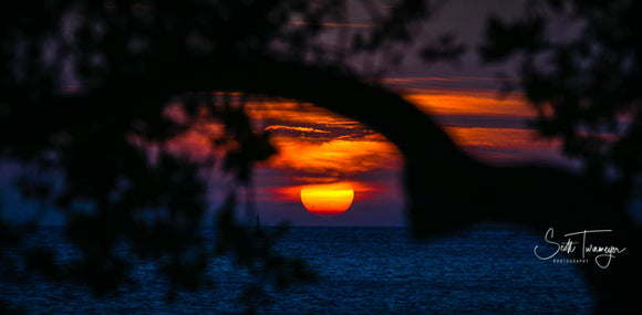 Disappearing Sun Fine Art Landscape Photography Print - Turnmeyer Galleries