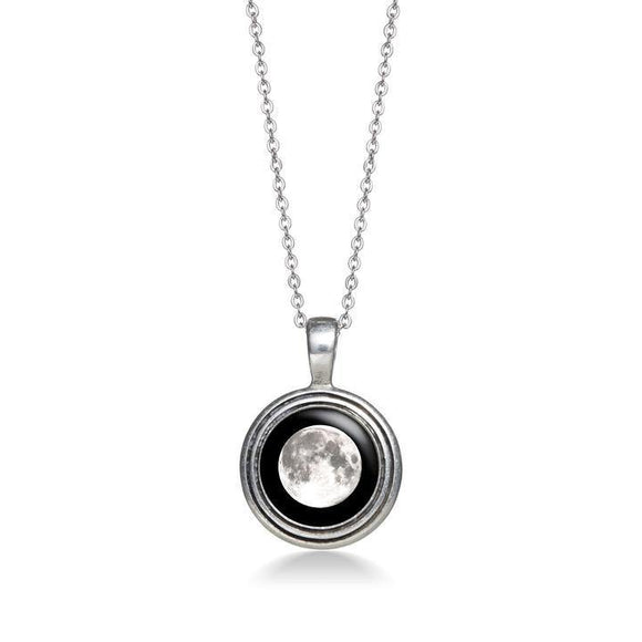 Moonglow Regio Necklace in Pewter