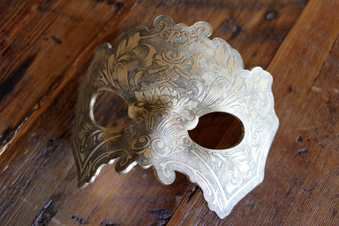 Hydro74 Gold Leather Male Flourish Mask