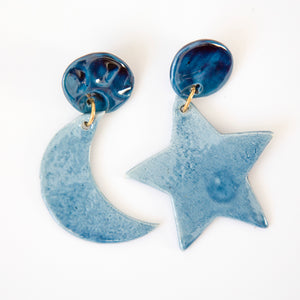 NIGHT EARRINGS