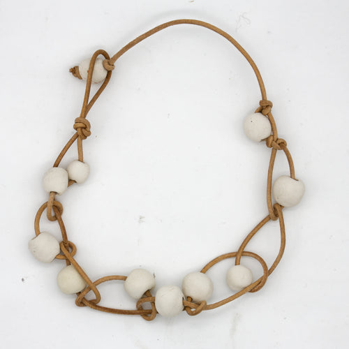 PEARLS CORD NECKLACE