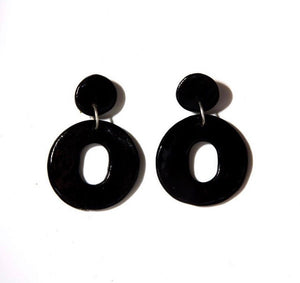 L CIRCLE EARRINGS