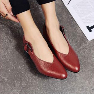 Elegant Solid Color Pointed Toe Leather Sandals