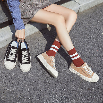 2020 new autumn and winter round head canvas shoes college style wild women's shoes