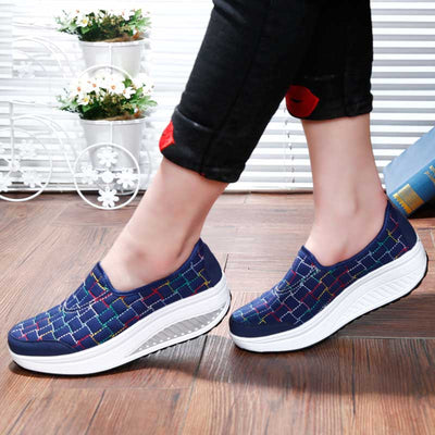 Canvas Shake Muffin Wedges Casual Travel Shoes