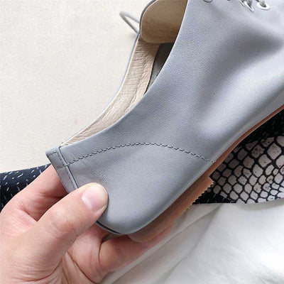 Round toe lace-up low heel retro leather shoes