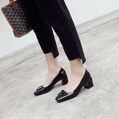 Solid color square head shallow mouth leather shoes