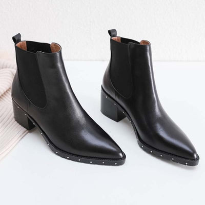 2019 new autumn and winter leather rivet decorated high-heeled pointed female ankle boots