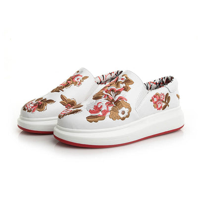 Embroidered couples sponge cake thick-soled sports casual embroidered shoes