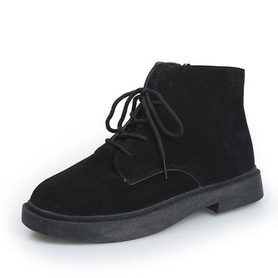 Black trend tooling boots