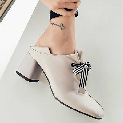 Vintage lace-up chunky heeled high heels