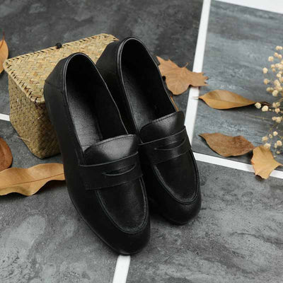 Vintage casual leather grandma shoes