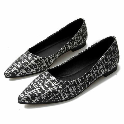 Comfortable flat foot lazy big size shoes