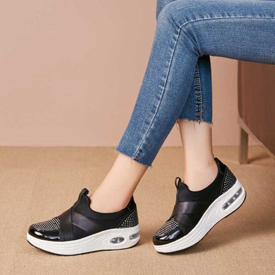 Thick bottom soft bottom travel shoes