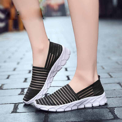 Soft bottom set foot ankle light sneakers