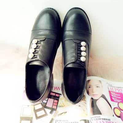New first layer leather round head imitation pearl buckle middle heel deep mouth leather shoes female