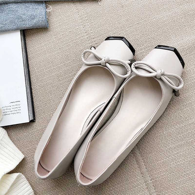 Elegant wild solid color leather shallow mouth casual shoes