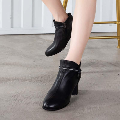 2019 autumn and winter new style new with women's boots leather single boots simple fashion leather boots