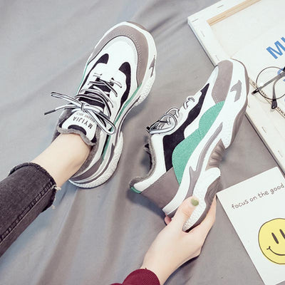 2019 autumn and winter new wild thick bottom warm and velvet casual sneakers